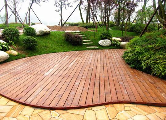 防腐木材變色的預防措施
