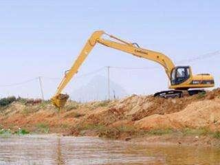 长臂挖机租赁产品的安全措施