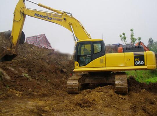挖掘机机油使用的五大注意事项?