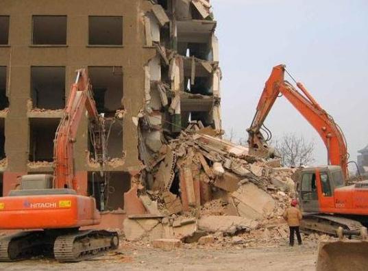 建筑物拆除的防护措施