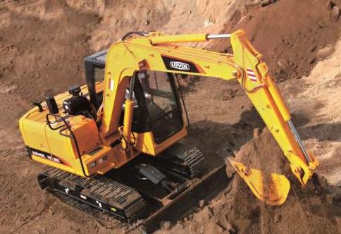挖掘机润滑油消耗异常的原因