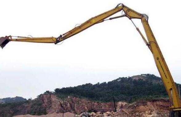 长臂挖掘机拆楼有哪些诀窍