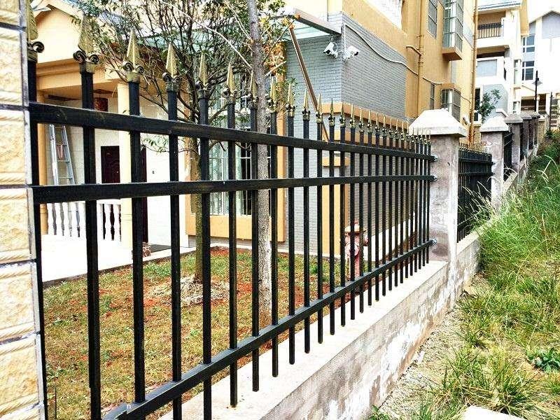 铁艺围墙栏杆