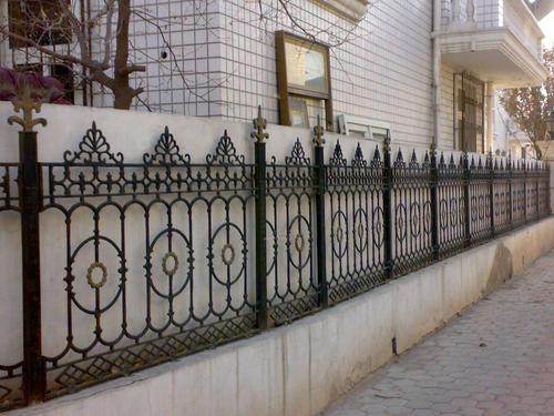 铁艺栏杆围墙