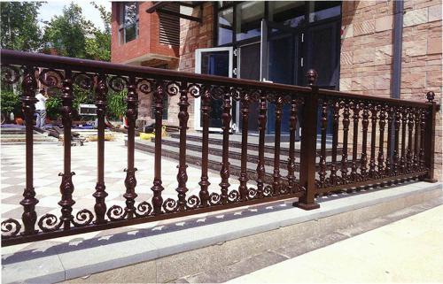 铝艺栏杆的防腐性怎样