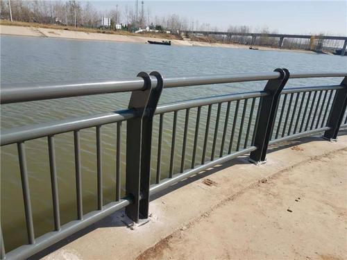 河道防撞护栏