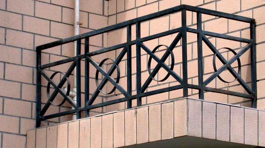 铁艺栏杆的实用性表现在那里
