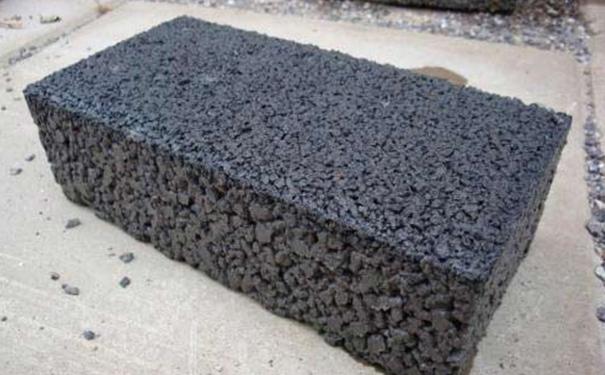 遵義透水磚廠家講講青磚、紅磚、水泥磚的區別是什么?
