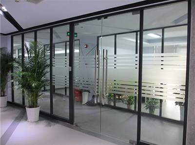 办公室单层玻璃隔墙