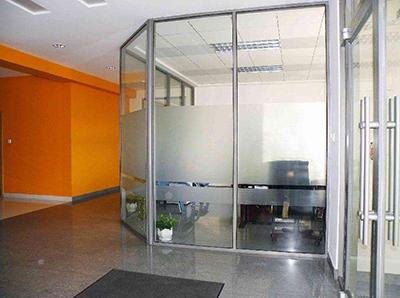 咸阳人才大厦办公室高隔间安装工程