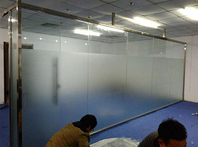 咸阳启迪国际城办公室玻璃隔间施工现场